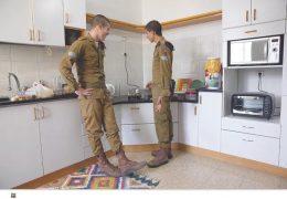 2-soldiers.jpg
